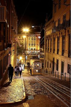 Downtown by night - the Gloria funicular, Lisboa - Portugal