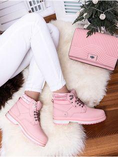 Dámske ružové trapery s kožušinou JB008-20R Timberland Boots, Modeling, Shoes, Fashion, Moda, Zapatos, Modeling Photography, Shoes Outlet, Fashion Styles