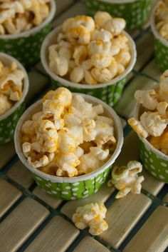 Three Cheese Popcorn (Cheddar Cheese Powder, Romano Cheese Powder, Blue Cheese Powder, Salt, Black Pepper, Garlic Powder& Popcorn)  by kokocooks