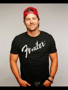 The handsome Kip Moore