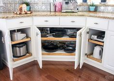 Construct Under Cabinet Slide Out Shelves (Knock Off Decor) Pull Out Kitchen Shelves, Diy Pull Out Shelves, Slide Out Shelves, Sliding Shelves, Diy Shelving, Under Cabinet Shelf, Cabinet Slides, Building Kitchen Cabinets, Diy Kitchen Cabinets