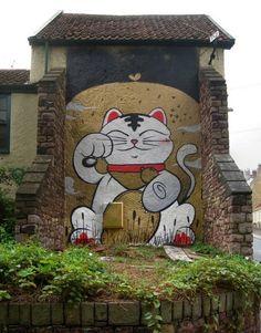 Mural of a Maneki Neko