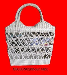 The woven bags use natural products that are environment-friendly and bio-degradable. Carry your fresh-produce, daily travel odd-ends or simply store your scarves, slippers or toiletries. On a day at the beach carry this to pack picnics in or else towels and casual-wear.#craftsofindia #indianhandicrafts #madeinindia #craftsbazaar #artsandcrafts #handmade