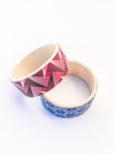 FREE SHIPPING - African Fabric Bracelet • Wooden Bracelet • Wax Print Fabric • Shweshwe Bracelet • African Bracelet • African Jewellery