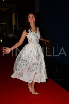 Alia Bhatt is all smiles as her latest release Dear Zindagi hit the screens today. Today, she was spotted at an event promoting the film along with ...