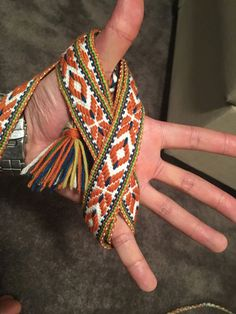 A Brief Journey in to Sami Band Weaving 2019 A Brief Journey in to Sami Band Weaving Inkle Weaving Patterns, Loom Weaving, Weaving Art, Inkle Loom, Card Weaving, Yellow Engagement Rings, Weaving Projects, Art Projects, Morganite Engagement