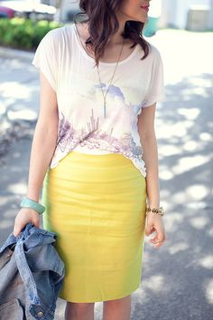 casual way to wear a colored pencil skirt, thanks for the inspiration Kendi!