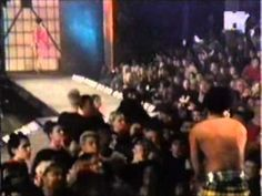 During the late 90's and still in the height of Supermodels MTV had an annual event called fashionably loud. It was where the current top Musicians played li...