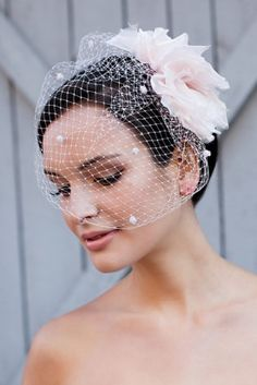 couture cage veil enchanted atelier lauri b photography 275x412 How to Wear a Cage Veil