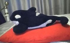 Lost on 29/08/2014 @ Toronto pearson domestic terminal canada gate D24. 5yr old seaworld Shamu killer whale cuddly toy. Black and white. Very worn and split in tail. Well loved and his owner 9yr old boy missing him very much Visit: https://whiteboomerang.com/lostteddy/msg/k9matf (Posted by Sabrina Price on 05/09/2014)