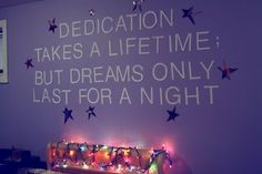 ATL lyrics on wall. Whoever did this is a major master.