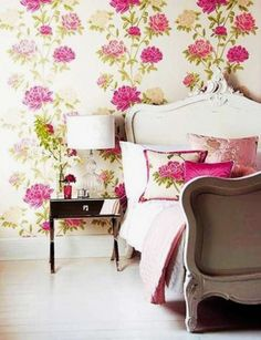I think it'd be cool to have one wall of this bright wallpaper in my future dream office space....