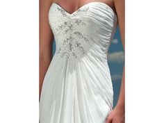 Maggie Sottero Wedding Dress. Rd 1068. Sweet heart neckline and embelished corset back.