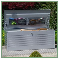 Excellent idea on Garden Outdoor Storage Box