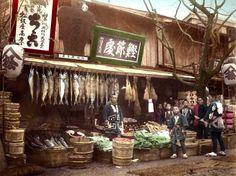1890年代(明治中期)に撮影された日本の仕事風景を紹介しよう。これらの写真を見ると、当時の庶民生活の様子がわかります。尚、各写真の撮影者や撮影場所はバラバラです。カラーの写真は、白黒写真に後から着色した写真です。明治時代の日本の仕事風景をご覧あれ。