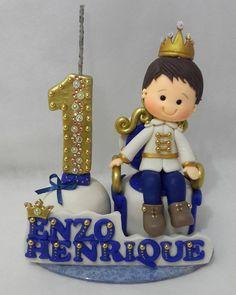 Príncipe. ... #magalidobiscuit #biscuitbrasil #porcelanafria #biscuit #veladecorada #principedebiscuit