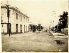 Rua Barão da Torre, em Ipanema - 1928 Na foto, vemos a Barão da Torre esquina com a Rua Teixeira de Mello.   Foto de Augusto Malta