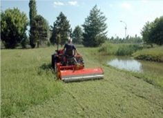 A new grass shredder for compact tractors was one of the developments revealed by Kuhn at IOG Saltex 2012 as the company continues to extend its specialist Amenity Pro landscape maintenance range.