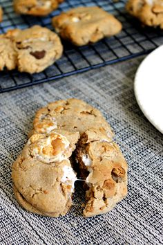 Peanut Butter S'mores Cookies