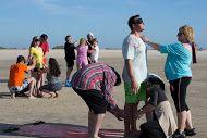 Disfrutando en la playa de Valdelagrana. En Piel, Ternura y Alegría www.miticavivencial.es