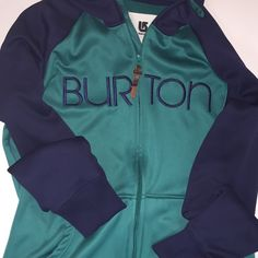 Burton dryride bonded hoodie Burton Dryride bonded zippered hoodie.  Does your snowboarder or winter enthusiast need a warm under layer for the upcoming snow season?  You found the perfect gift!   Teal blue Burton bonded fleece hoodie with leather zip pull.  This will keep em nice and toasty on the slopes.  Fabulous condition!   Only worn one season. Burton Tops Sweatshirts & Hoodies