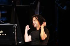 pics concerto Yanni - Pesquisa Google