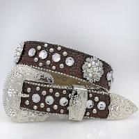 BHW TOP OF THE LINE IN WESTERN BELTS  * KIDS CHILDREN WESTERN BELTS  * WAIST SIZE 22.5 TO 26.5 INCHES APPROX MEASUREMENT * 1 1/4' WIDE BELT STRAP * STRIP DECORATED WITH ALL GLASS CRYSTAL ORNAMENT * ALL RHINESTONES AND STUDS ON BELT STRAPS ARE RIVETED, COVERED ON THE BACK