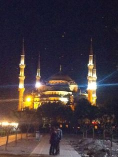 """Nice: """"#Istanbul blue mosque at night #FriFotos long to go back!"""" by @CharlottePRCo"""