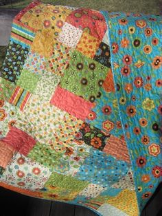 PDF Quilt Pattern.....Easy and Quick...two sizes, Flowers in the Garden. $9.00, via Etsy.