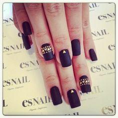 Nail Polish | http://onetrend.net/nail-polish-5/ . http://sh.st/rZzOl   twitter.com/imthiachulu | instagram.com/imthiachulu | #follow #follow4follow #followback #fashion