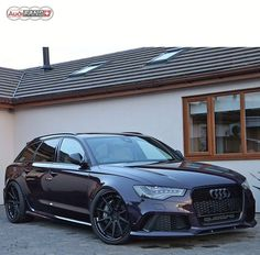 Audi RS6 phantom black