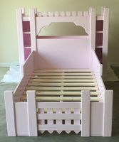 Andrew Harris Woodwork - Castle Bed Free Plans