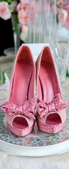Menbur peep toe polka dot/stripe shoe