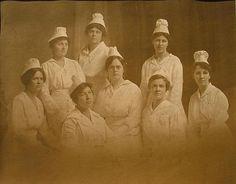 An early 20th century graduating class of nursing students, St. Albans, VT. #vintage #nurses #uniform