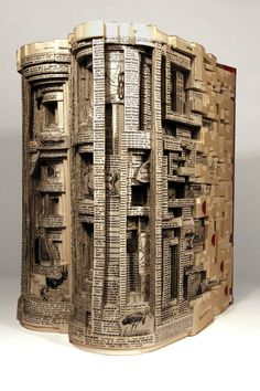 Brian Dettmer is a Chicago based artist. He manipulates the pages and shapes for his sculpture by folding, bending, and rolling as well as stacking multiple books together to create the shape of an original form. Brian Dettmer, Images D'art, Altered Book Art, Art Sculpture, Paper Sculptures, Modern Metropolis, Inspiration Art, Book Crafts, Oeuvre D'art