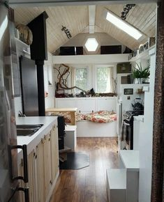 This is the T-Berry Tiny House on Wheels by Full Moon Tiny Shelters in Nova Scotia and you're invited to come check it out!