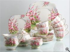 Royal Albert Bone China is known worldwide for its wonderful floral patterns. Get your stunning replacement Royal Albert porcelain here at Chinasearch.