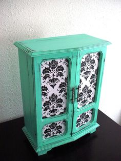 Mint Wooden Jewelry Box