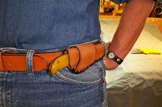 Amarillo style horizontal knife sheath
