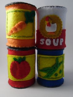Play Pantry Felt Can Goods by RosiesPlayBakery on Etsy Diy For Kids, Crafts For Kids, Felt Crafts Patterns, Felt Play Food, Food Crafts, Felt Diy, Felt Fabric, Diy Toys, Crafts To Make