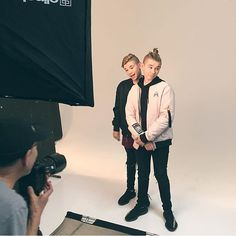 M&M in photoshoot day 1