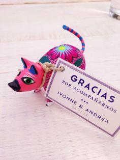 Recuerditos de boda mexicana/#wedding #bodas #tradicionesmexicanas #mundonupcial #bodasmexico #diademuertos #bodasmexicanas #mexico #mexicanweddings #colorful #coloresmexicanos #boda #decoraciondeboda #weddingfavors #recuerditos #recuerdosboda