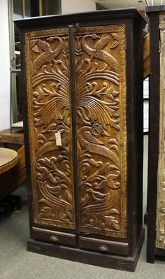 How great would this look in any room. The hand carving on this solid wood piece will make you the envy of your neighbors.