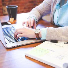 Easy und schnell einen Lebenslauf erstellen.  Auf unserer Webseite haben wir dir ein sehr einfaches Tool bereitgestellt, um einen Lebenslauf zu erstellen. Ausfüllen und fertig! So wird nichts Wichtiges vergessen. Du findest bei uns aber auch viele Tipps für Deine Bewerbung und den Aufbau der Bewerbungsunterlagen: http://ELITA.ch/musterlebenslauf/  #elita #elitapersonal #elitapersonalberatung #jobsuche #rapperswiljona #jobs #keinenjob #lebenslauf #bewerbunstipps