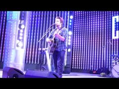 "Lee DeWyze ""Song About Love"" Universal City Walk #5Towers Music Spotlight Video courtesy of YoyoSassy"