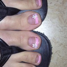 Cute pedicure design | See more at http://www.nailsss.com/french-nails/3/
