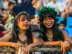 Público assiste aos Jogos Mundiais dos Povos Indígenas, em Palmas, Tocantins