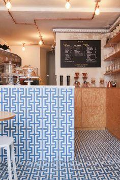 Le café Ob-La-Di | Paris 3 Carreaux de ciment Bahya Bahya cement tiles www.bahya-deco.com