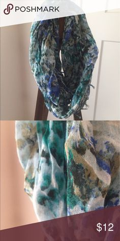 American eagle scarf Blue and green floral infinity scarf American Eagle Outfitters Accessories Scarves & Wraps