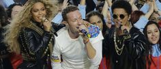 Coldplay, Beyoncé et Bruno Mars ont mis le feu à la finale du Super Bowl